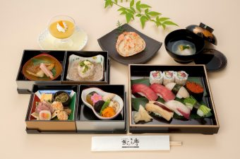 寿司会席膳「海」5,500円(税別)